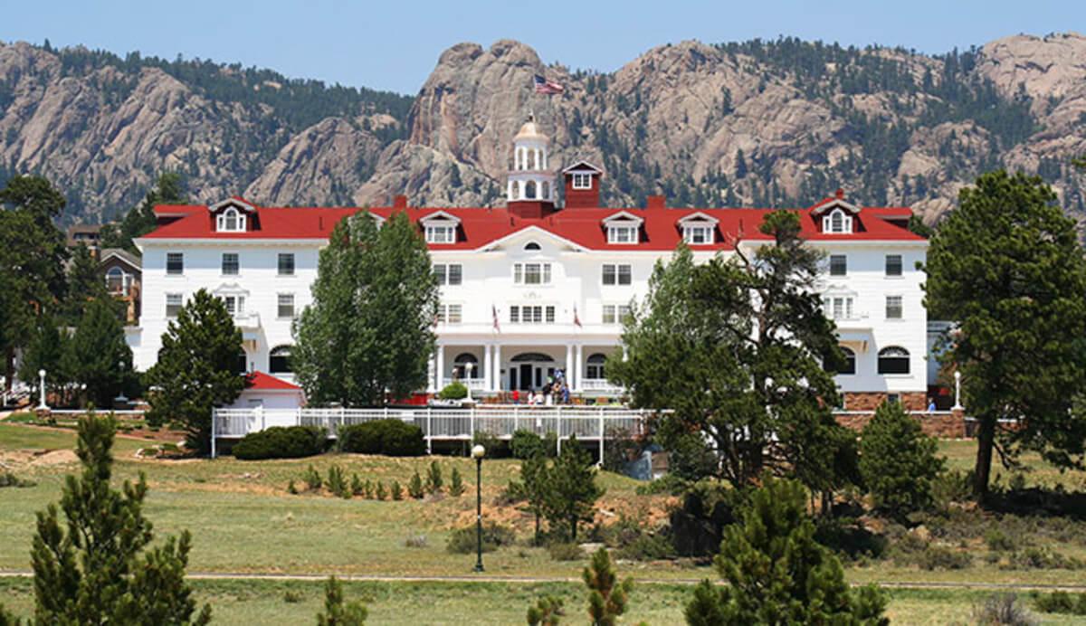 Foto registra fantasma no hotel que inspirou O Iluminado