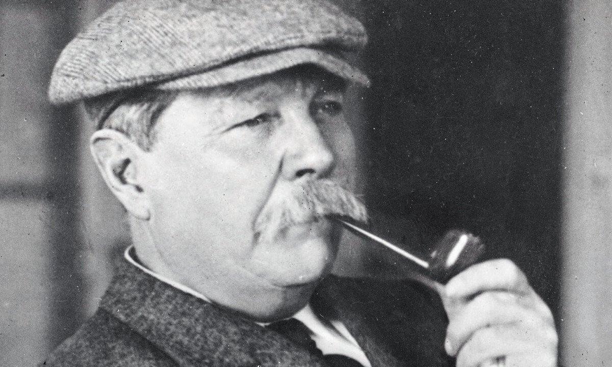 Achado segundo livro com conto de Sherlock Holmes