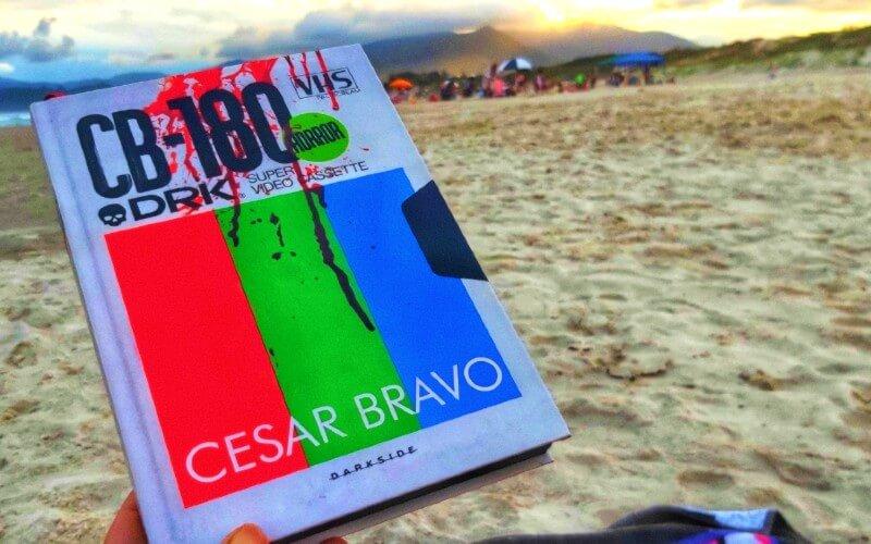 VHS | Verdadeiras Histórias de Sangue, de Cesar Bravo